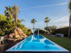 Villa for sale in  Barcelona surroundings